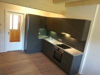 EV_Küche mit Eingangsbereich